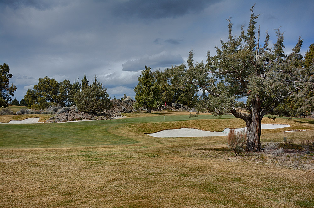 Pronghorn Golf Nicklaus Course Green at Hole 1